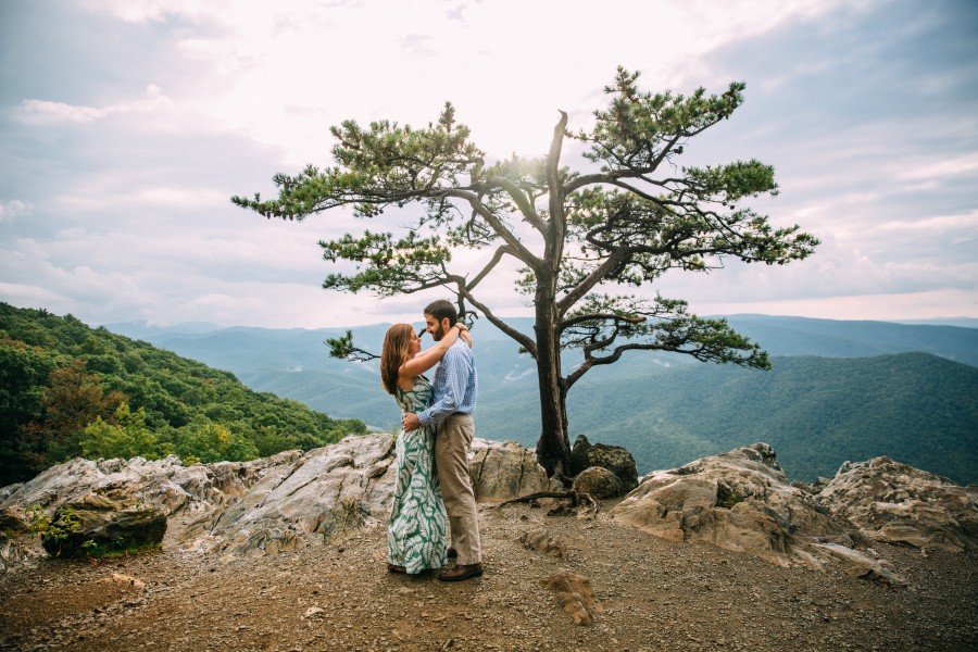 Virginia Engagement, Blue Ridge Parkway Engagement, Ravens Roost Overlook Engagement, Virginia Wedding Photographer